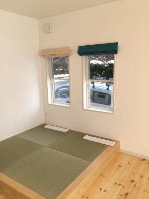 和室はお揃いの生地でシェードカーテン|カーテンズ施工事例