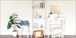 白い収納家具・テーブル・ドレッサー・椅子・チェアなど