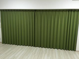大阪府W様より30色カーテン「JOY」のお写真1