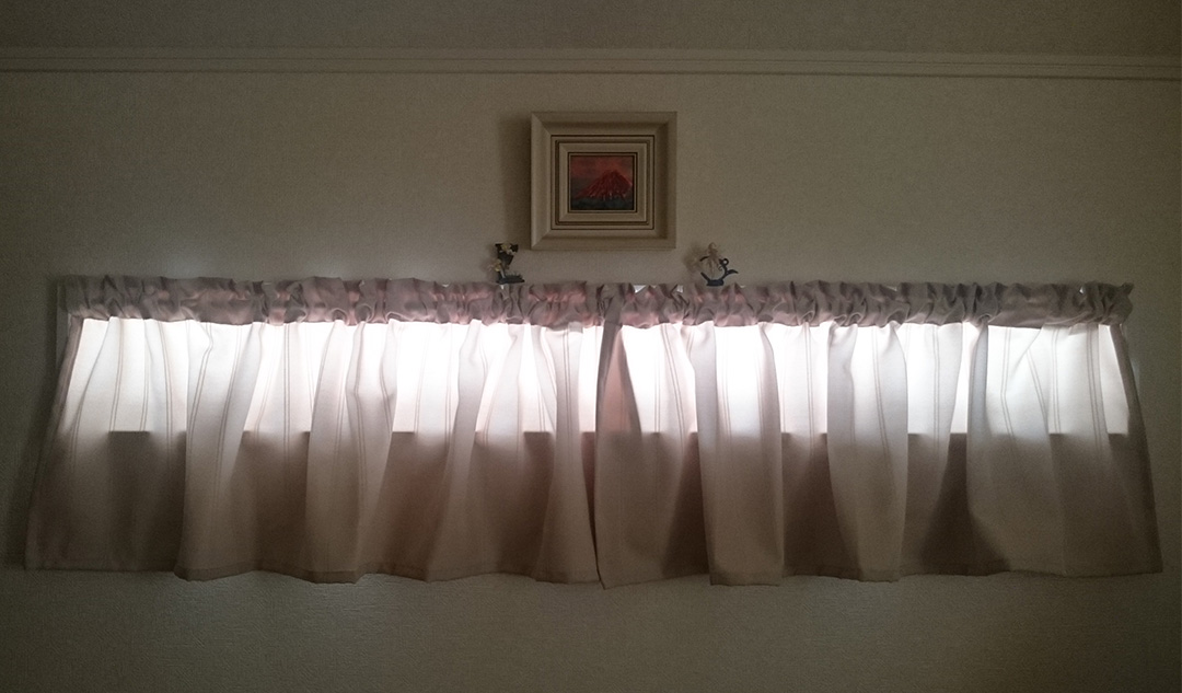 カーテンズのカフェカーテン|バニラ(BE)のレビュー